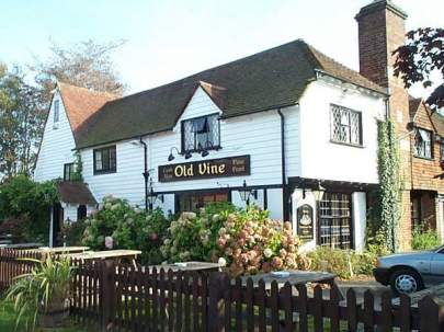 The Old Vine Pub, Cousley Wood - Commercial Decorating