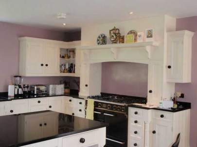 Kitchens : Kent, Sussex and Surrey - Domestic Decorating